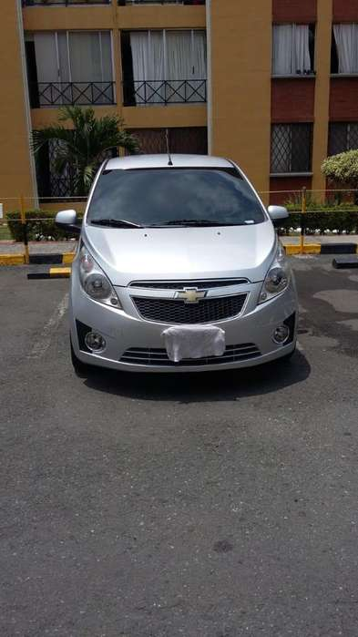 Chevrolet Spark 2012 - 77800 km