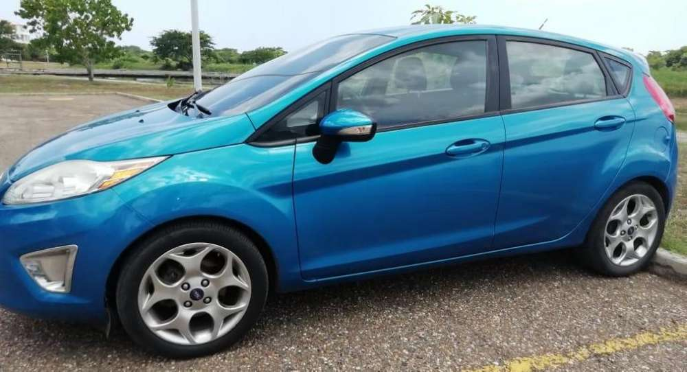 <strong>ford</strong> Fiesta  2013 - 68000 km