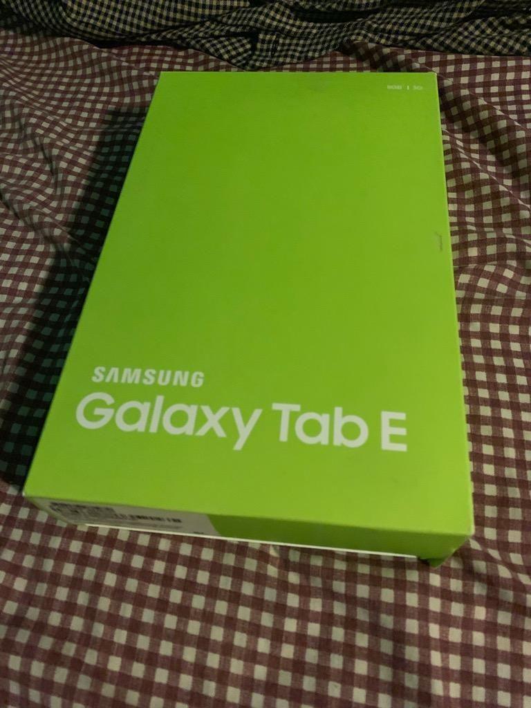 Galaxy Tab E SmT561 3G Grande