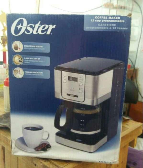 Vendo Maquina de Cafe Oster Excelente