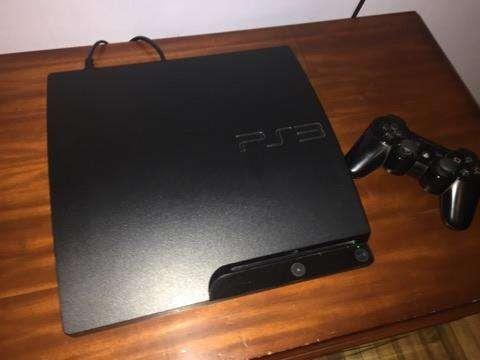 PS3 slim, 8 juegos y accesorios