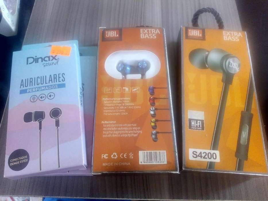 Auriculares/parlantes