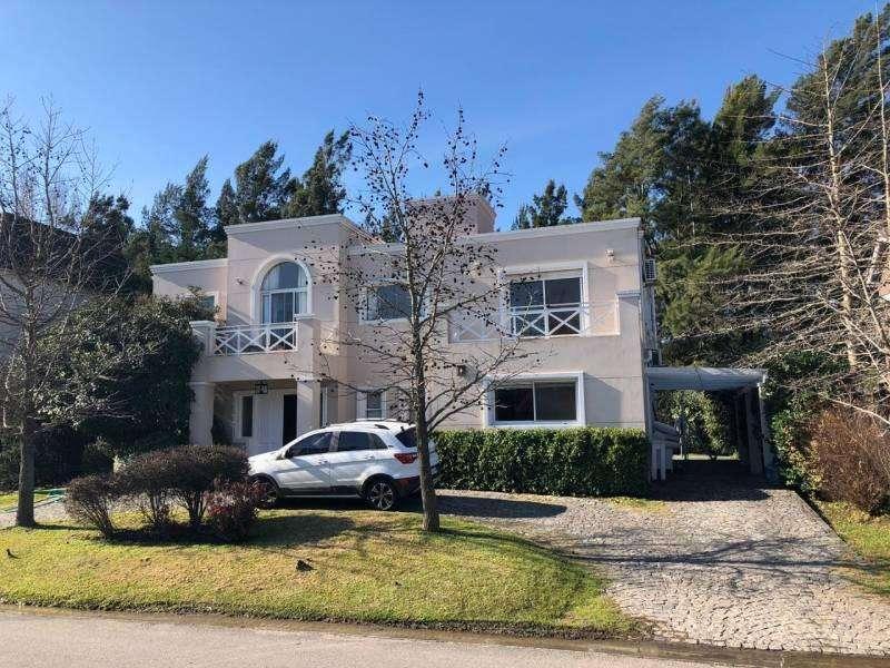 Oportunidad - impecable propiedad en LA CABALLERIZA - Mallmann propiedades