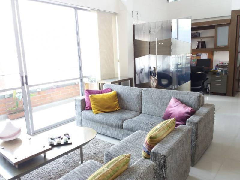 Apartamento En Venta En Envigado Loma Del Chocho Cod. VBBER1032