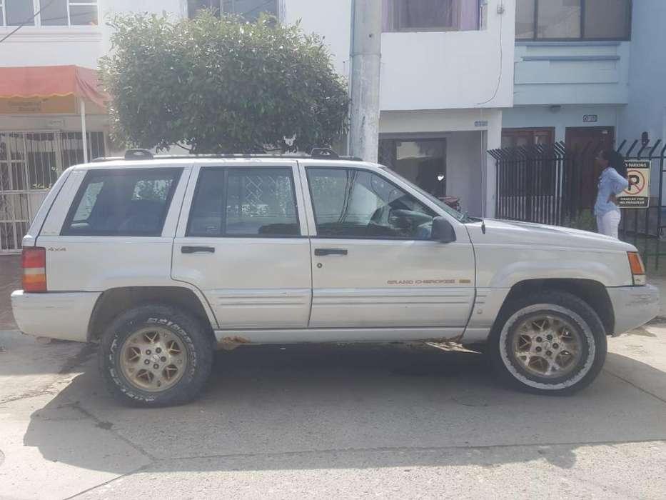 JEEP GRAND CHEROKEE 1999 - 12000 km
