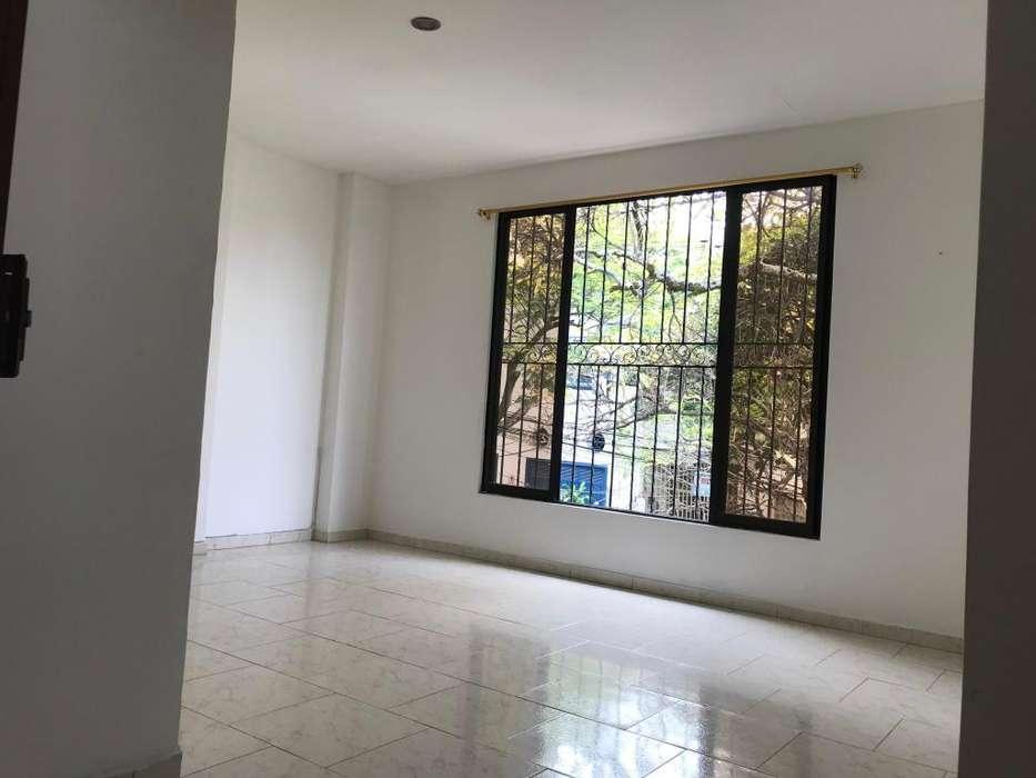 Alquilo <strong>apartamento</strong> en Miraflores 3er piso
