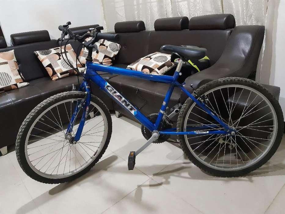 Vendo Cicla Bicicleta Todoterreno Giant