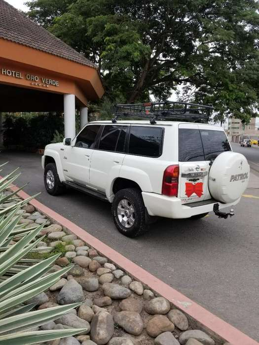 Nissan Patrol  2006 - 0 km