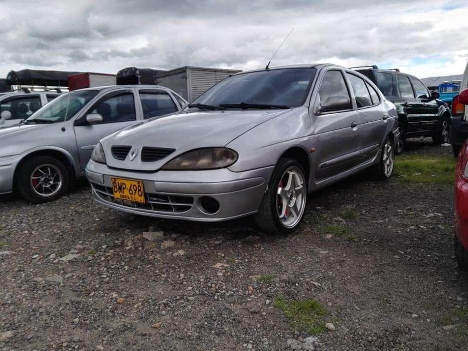 Renault Megane  2004 - 120000 km