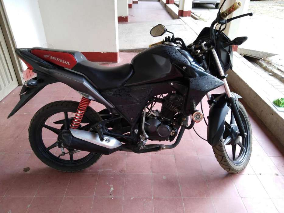 Se vende linda moto Honda 110 modelo 2012