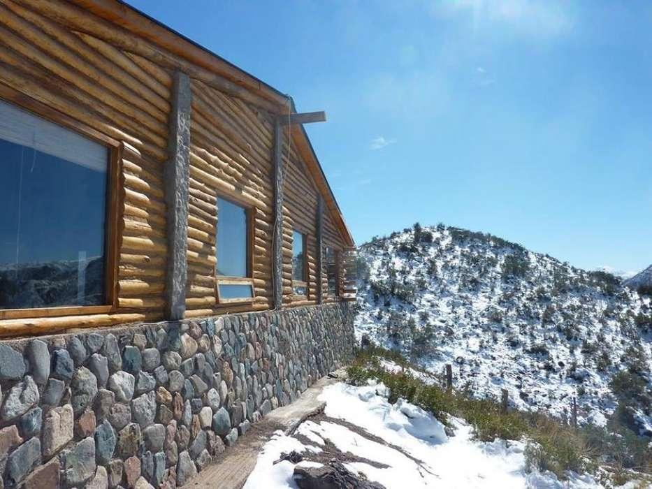 mk60 - Cabaña para 2 a 8 personas con pileta y cochera en Potrerillos