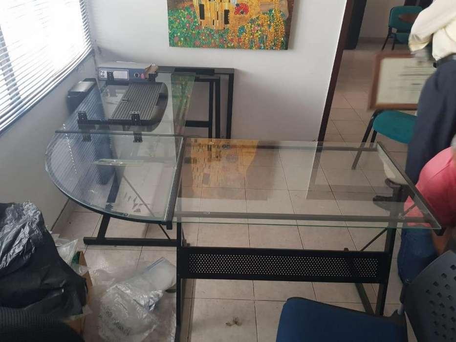 VENDO <strong>escritorio</strong> POCO USO 3147799871