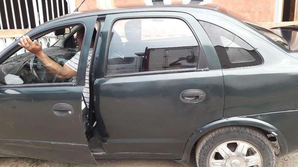Chevrolet Corsa 2005 - 3800 km