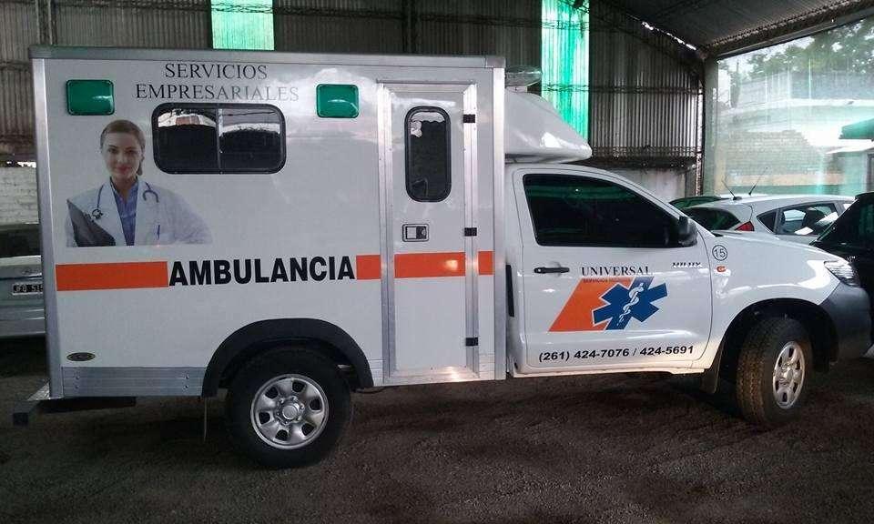 UNIVERSAL Servicios Médicos INYECTABLES