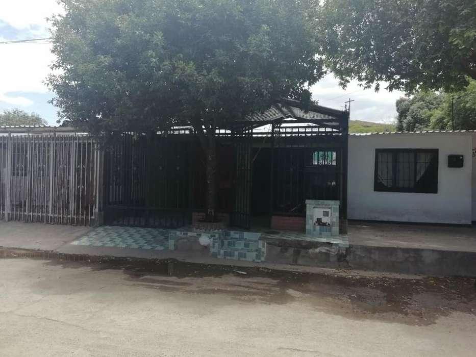 Vendo Hermosa Casa Barrio Las Acacias 2