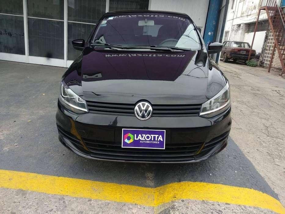 Volkswagen Fox 2015 - 53000 km
