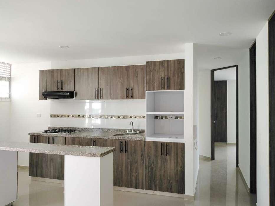 SE VENDE <strong>apartamento</strong> AMPLIO CON ASCENSOR Y GARAJE.