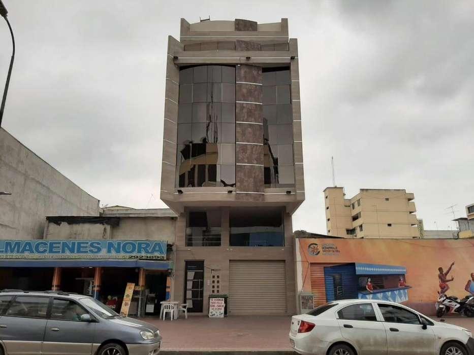 Oficina en alquiler en el centro de Machala, cerca del Holtel Veuxor, Super exito