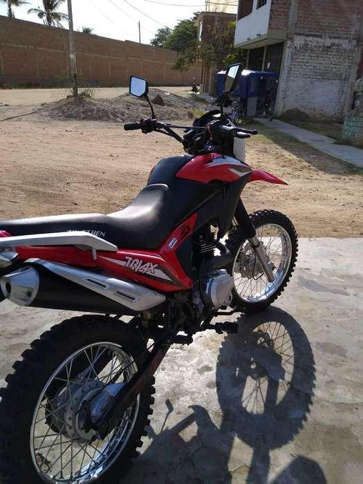 Moto Zongshen Triax 200