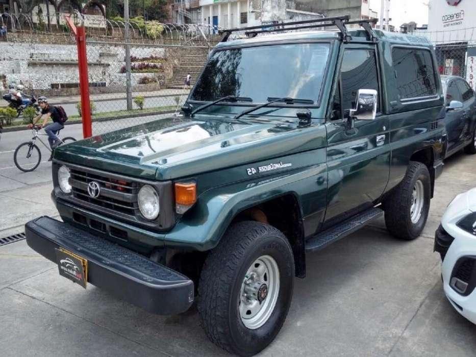 Toyota Land Cruiser 1996 - 205000 km