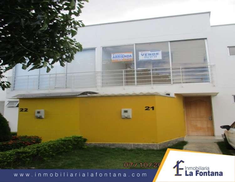 Cod: 2680 Arriendo <strong>casa</strong> en la Urb. Villa Camila