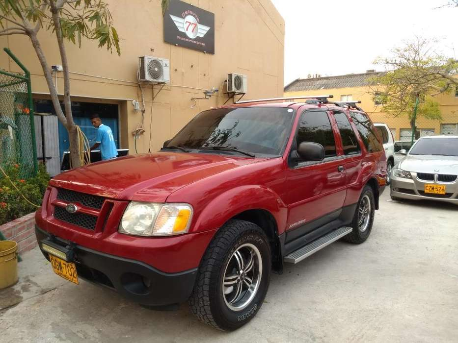 Ford Explorer 2002 - 133000 km