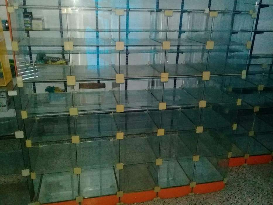 Urgente vendo Mostrador de Vidrio
