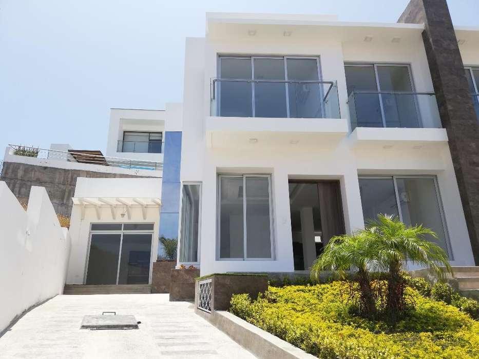 Casa de Venta en Ciudad Del Mar - Manta