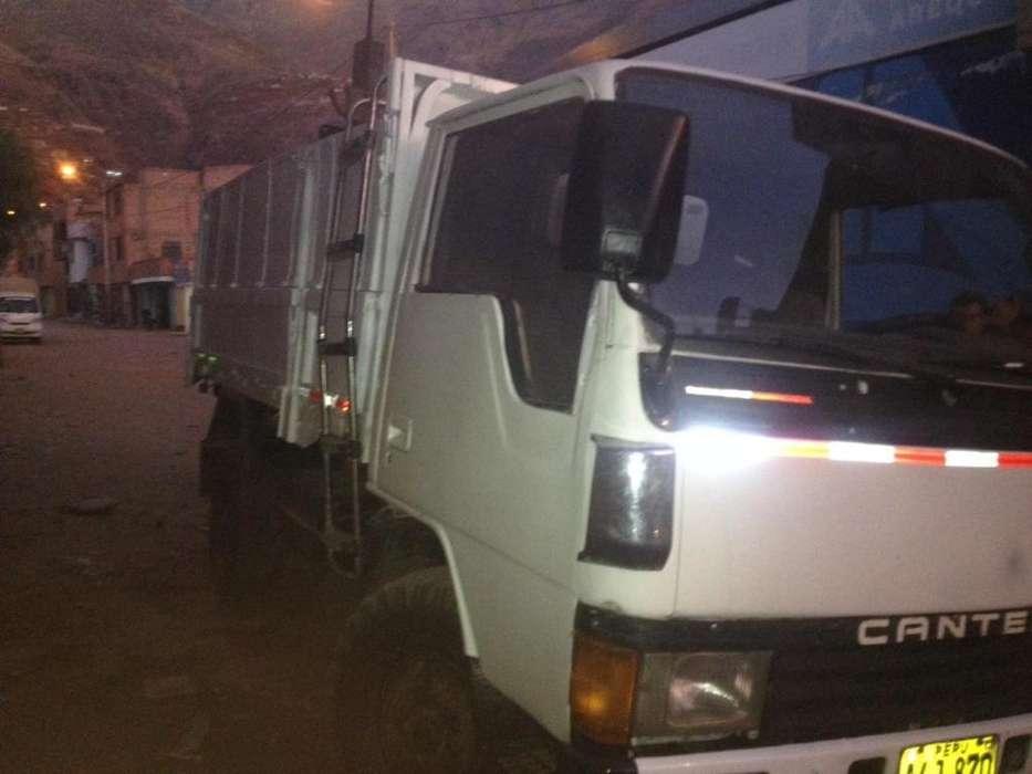 Camión Canter