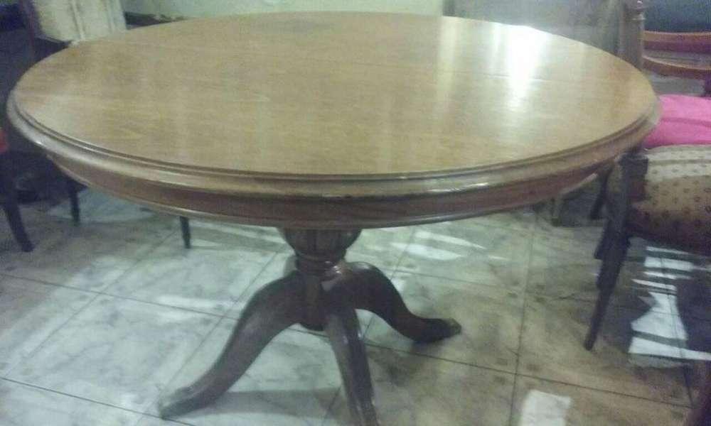 Vendo 2 mesas / liquido a solo 10000 pesos cada una