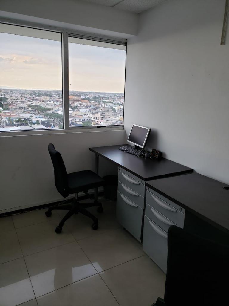 Venta de Oficina en Trade Building, Norte de Guayaquil, mall del sol