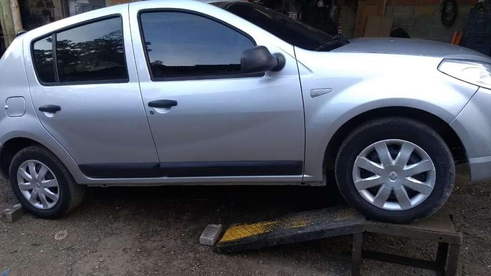 Renault Sandero 2010 - 146000 km