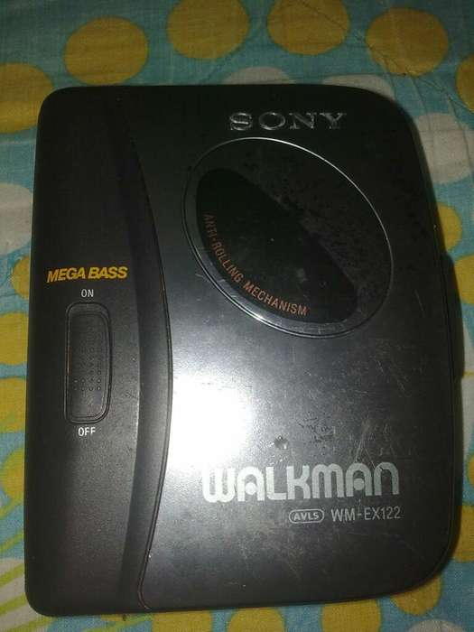 Walkman Cassette Sony (mega Bass)