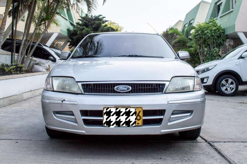 <strong>ford</strong> Laser 2005 - 133000 km