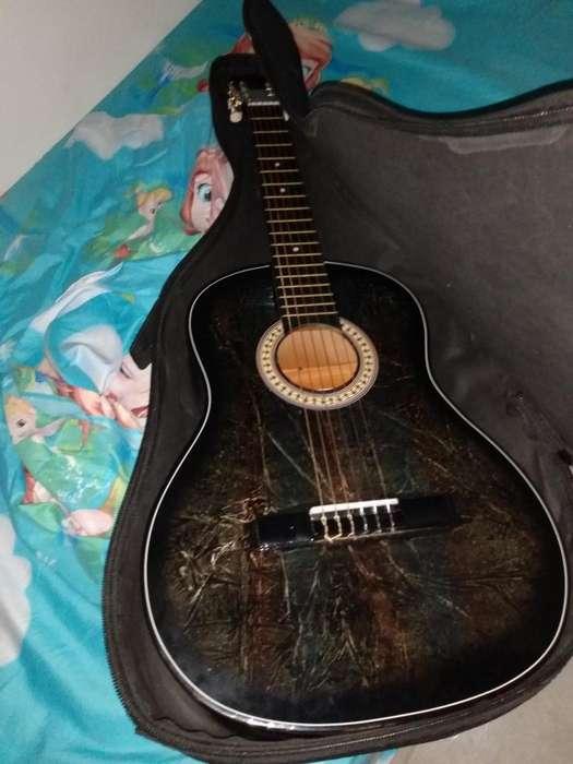 Se Vende Guitarra de Segunda Mano