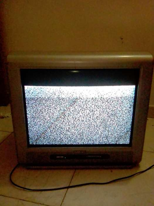 GANGA!!! <strong>televisor</strong> marca PHILIPS, para arreglar o repuestos