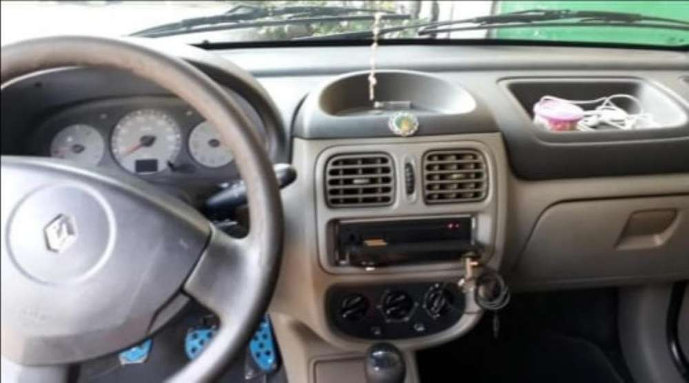 Renault Clio  2007 - 115 km