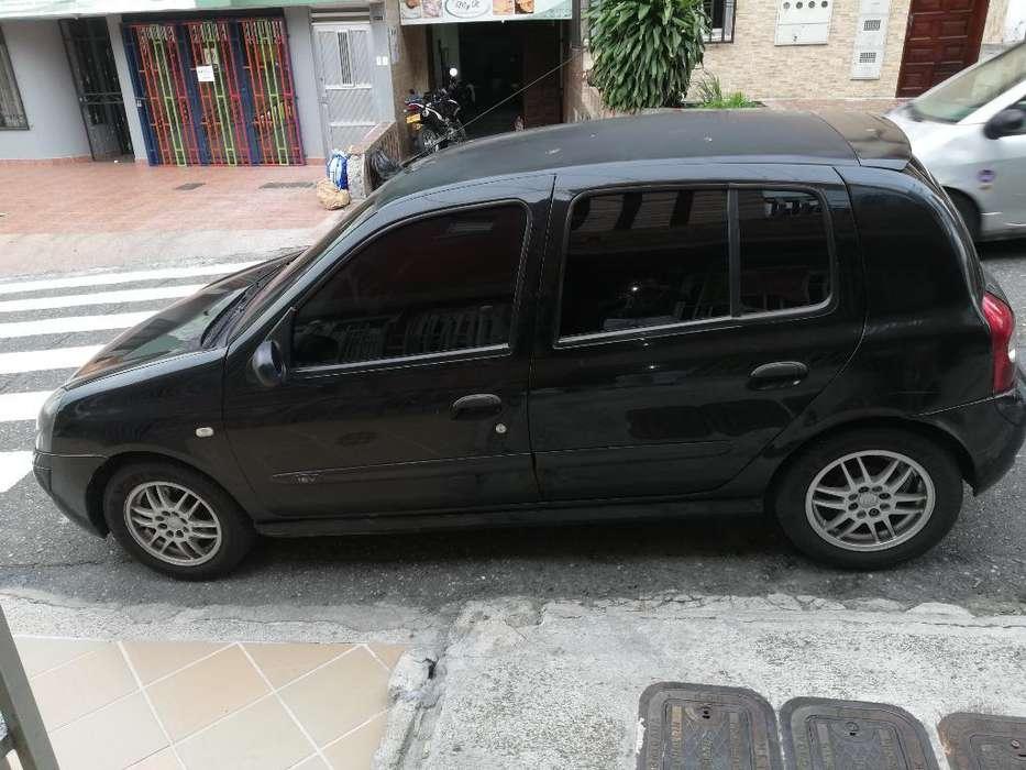 Renault Clio  2006 - 168000 km