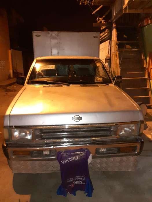 Nissan Pick-Up 1994 - 0 km