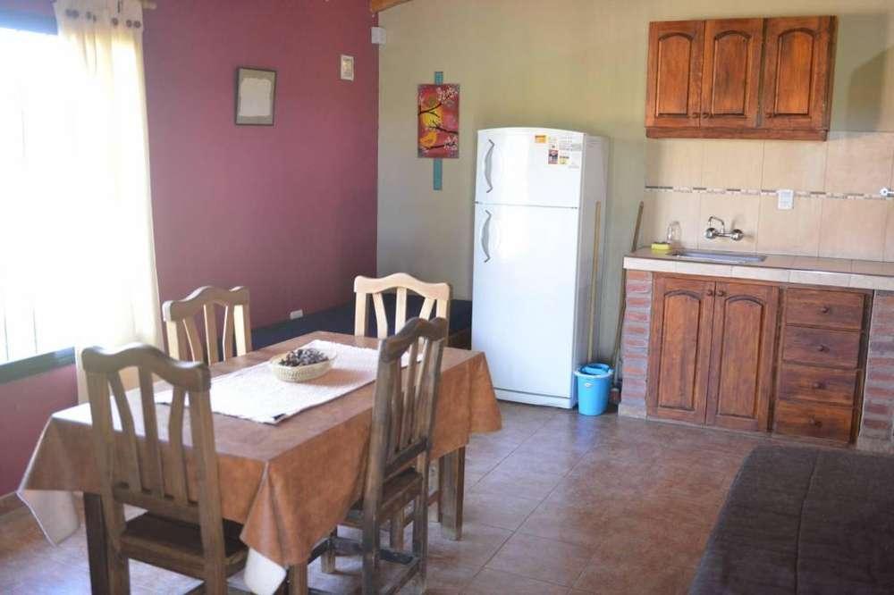 zj76 - Cabaña para 3 a 7 personas con pileta y cochera en San Rafael