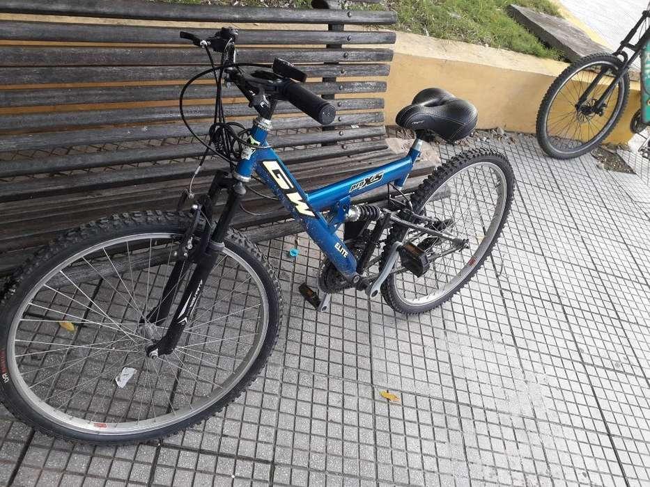 Bicicleta 1 Mes de Uso Buena Condicion