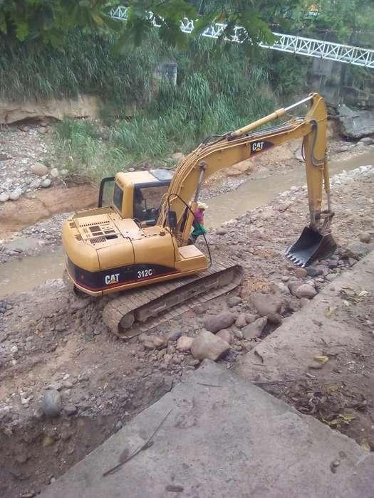alquiler maquinaria pesada retro excavadoras bolquetas buldozer