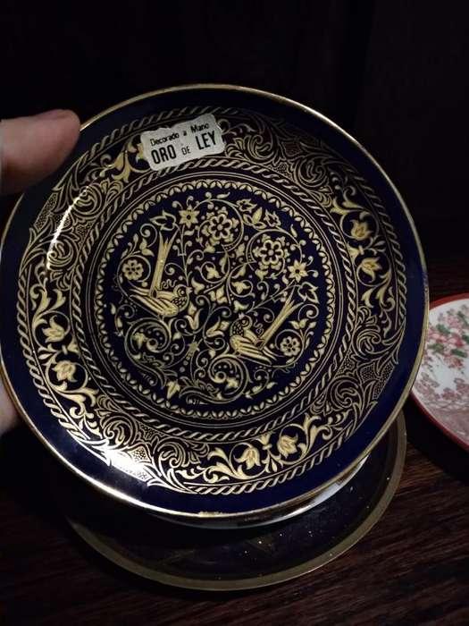 Vendo Plato Decorativo Oro de Ley Azul