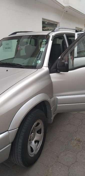 Chevrolet Grand Vitara 2014 - 67000 km