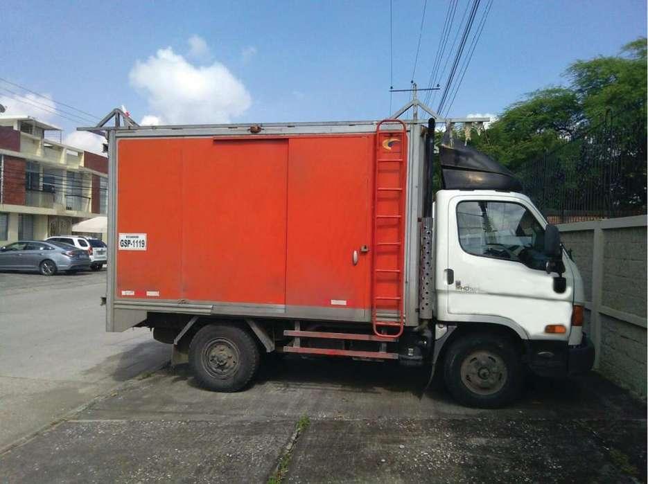 vendo camión DE OPORTUNIDAD HYUNDAI HD 55 2015