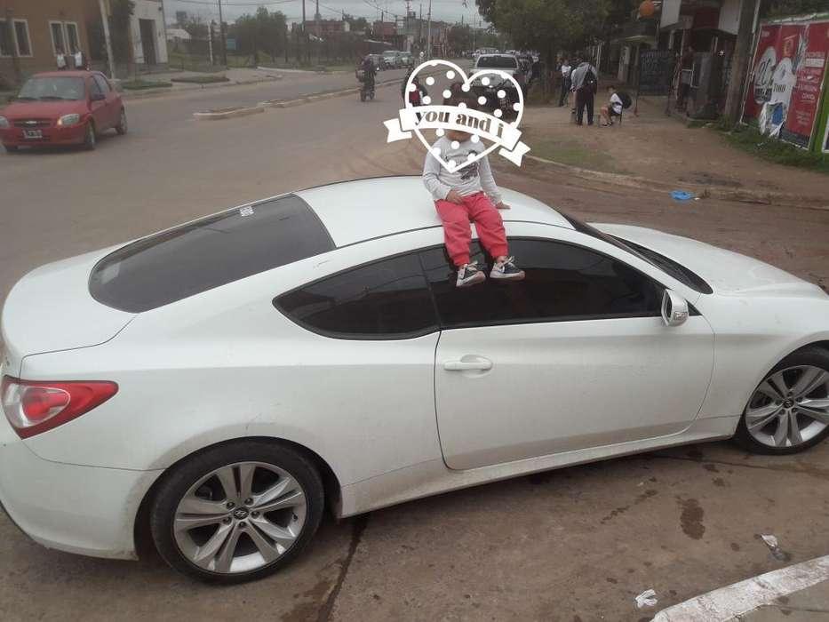 Hyundai Genesis Coupe 2013 - 70000 km
