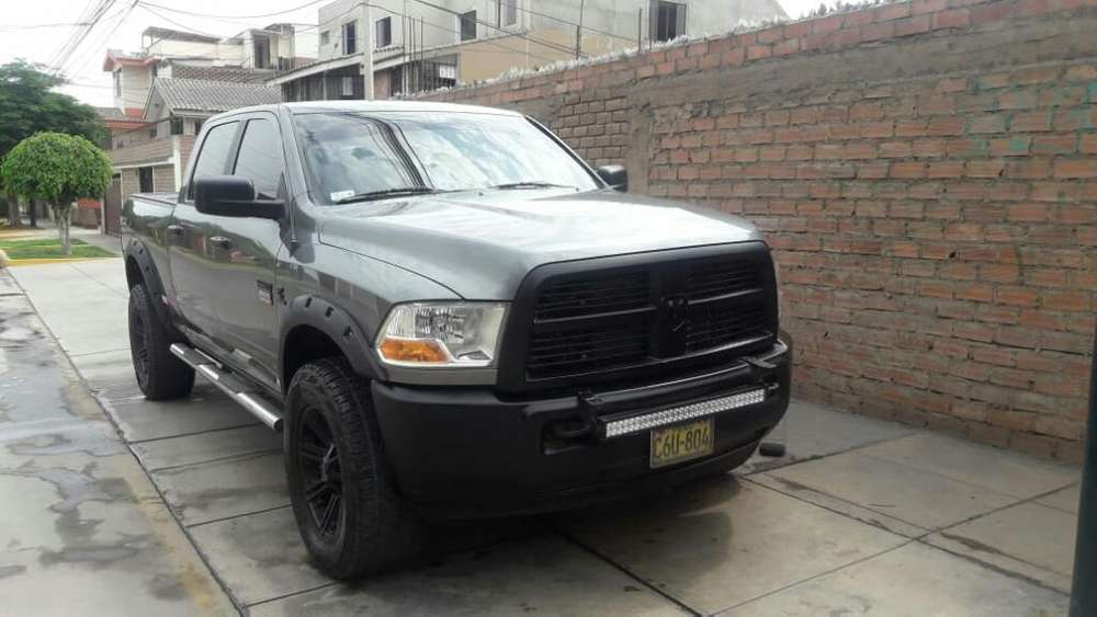 <strong>dodge</strong> Ram 2500 2010 - 120000 km