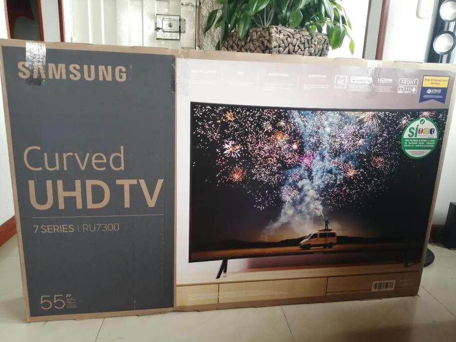 Samsung Curved Uhd Tv 55'' Pantalla Rota