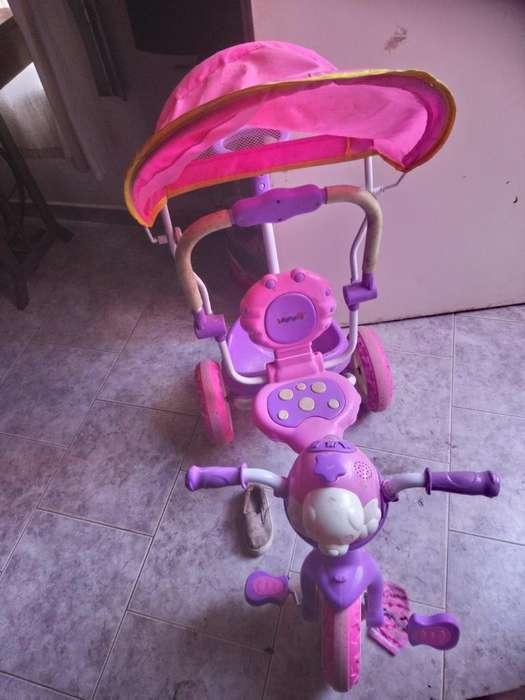 Triciclo con Capota Y Musica