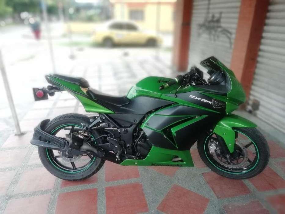<strong>kawasaki</strong> Ninja 250 2010 Soat Julio